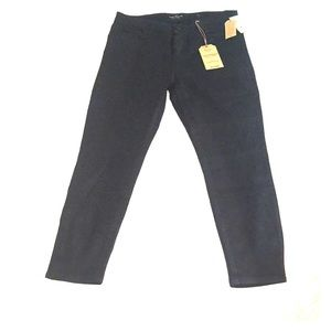 NWT Lucky Brand black size 31 wax-coated jeans.